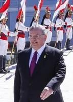 L'ambassadeur grec, Kyriakos Amiridis, durant une cérémonie officielle à Brasilia (Brésil), le 25 mai 2016. MARCOS CORREA / AP