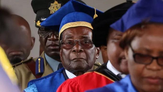 Zimbabwe : Robert Mugabe a jusqu'à lundi midi pour quitter le pouvoir