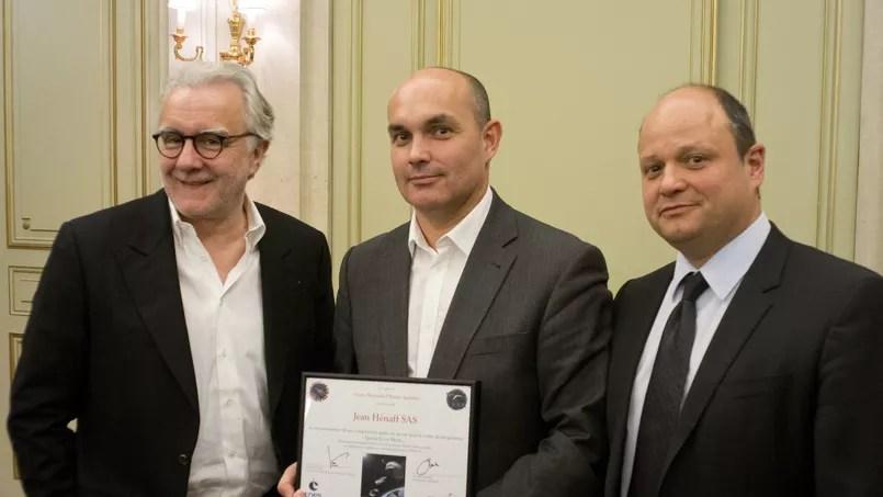 Alain Ducasse, Loïc Henaff, président du directoire de Hénaff, Lionel Suchet, directeur adjoint du centre spatial de Toulouse du Cnes (de gauche à droite).