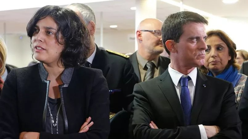 Myriam El Khomri et Manuels Valls, lundi, dans un déplacement à Mulhouse. Photo: AFP / POOL / Vincent Kessler.