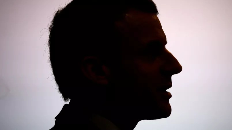 Macron: cachez ce Hollande que je ne saurais voir