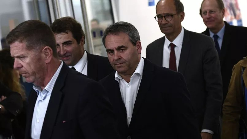 Xavier Bertrand, entouré de Christian Jacob et Eric Woerth.