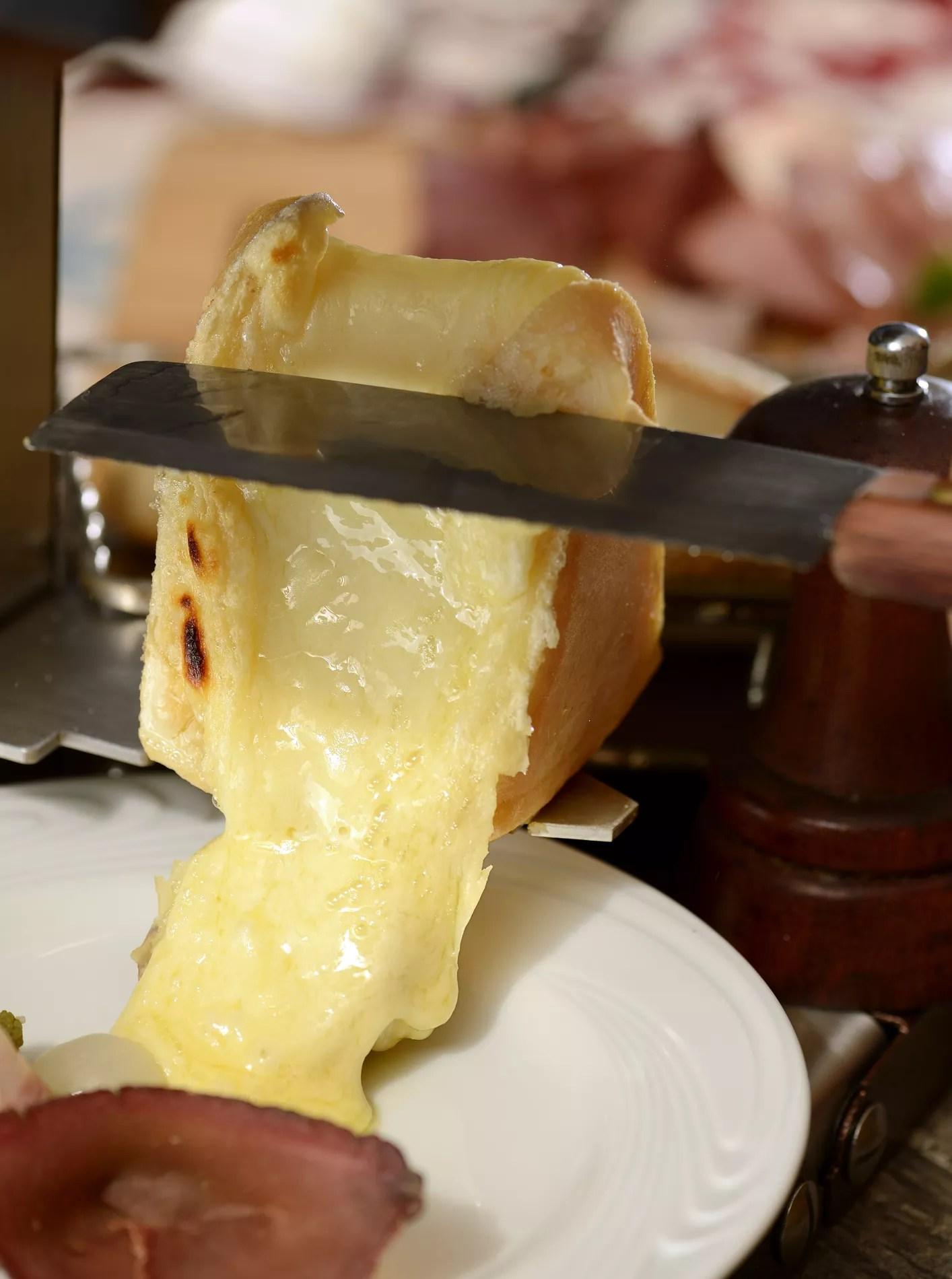 Raclette Combien De Fromage Par Personne : raclette, combien, fromage, personne, Saison, Raclettes, Ouverte, Cuisine, Madame, Figaro