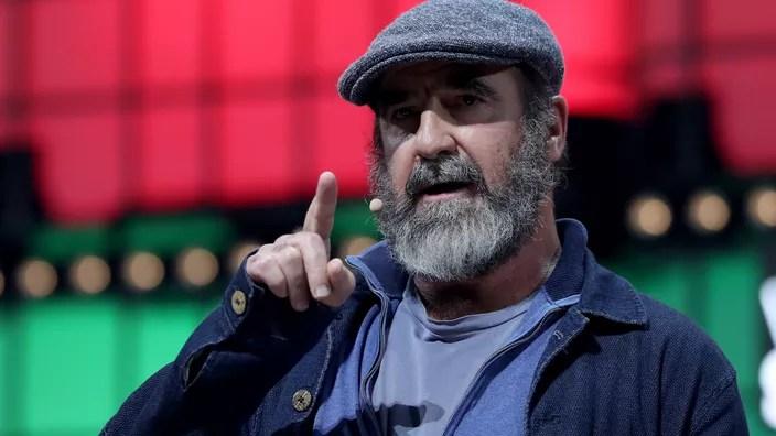Eric cantona est un ancien footballeur, aujourd'hui reconverti en acteur. Eric Cantona Fete Ses 54 Ans Ses Meilleurs Moments A L Om En Video