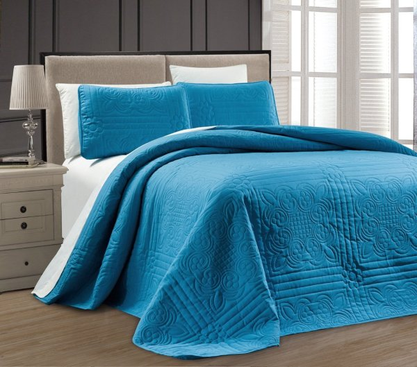 Blue Coverlet King Size Bed
