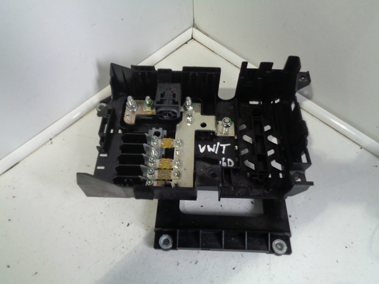 hight resolution of details about 2007 2010 vw touareg 3 0 tdi 7l main fuse box board 7l0937548c