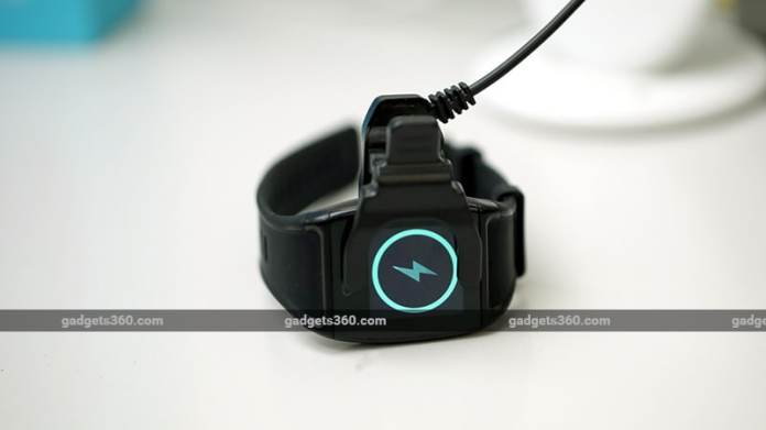 LCareWatchCharging Lcare Watch Review