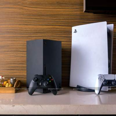 PlayStation 5 vs. Xbox Series X: Which Is Better?