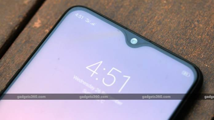 Realme CEO Hints at Smartphone Price Hike in India, VOOC Charging Support Also Teased