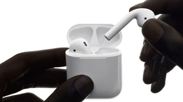 Apple AirPods 2 to Reportedly Arrive in First Half of 2019, Design Tweaks and Health Features Tipped Again