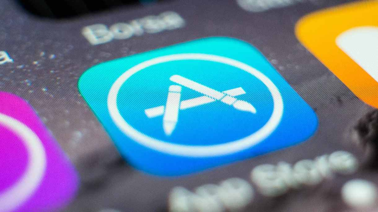 كيفية تعطيل أو تمكين التحديثات التلقائية للتطبيقات على iPhone و iPad و iPod Touch