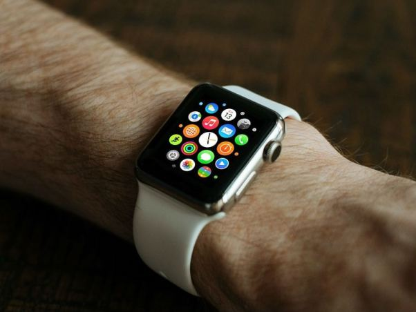Apple Reportedly Developing MicroLED Panels for Apple Watch, AR Wearables
