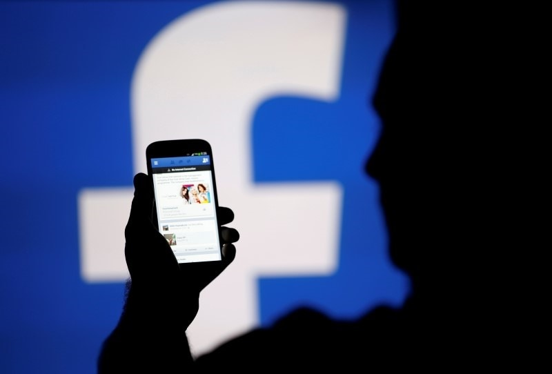 Facebook Reportedly in Talks to Produce Original TV-Quality Shows