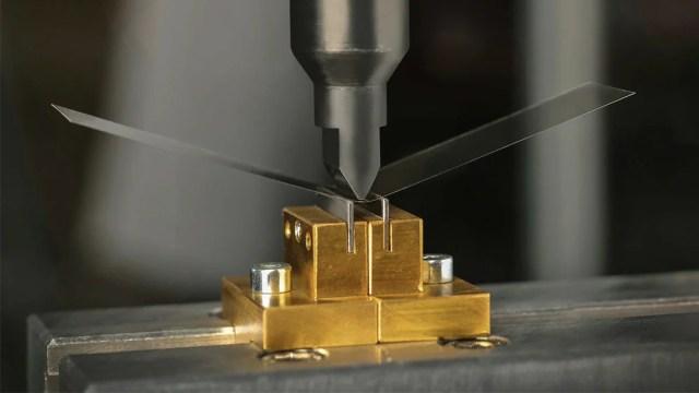 foldable glass schott press image sd