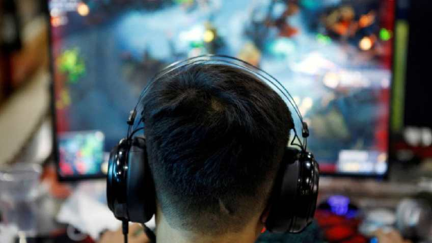China Suspends Approval for New Online Games: Report