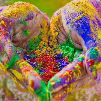 5 Best Tech Gifts Under Rs. 2,000 to Cheer Up Your Loved Ones on Holi