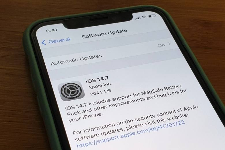 iOS 14.7 with MagSafe battery support, Apple also offers watchOS 7.6 and tvOS 14.7