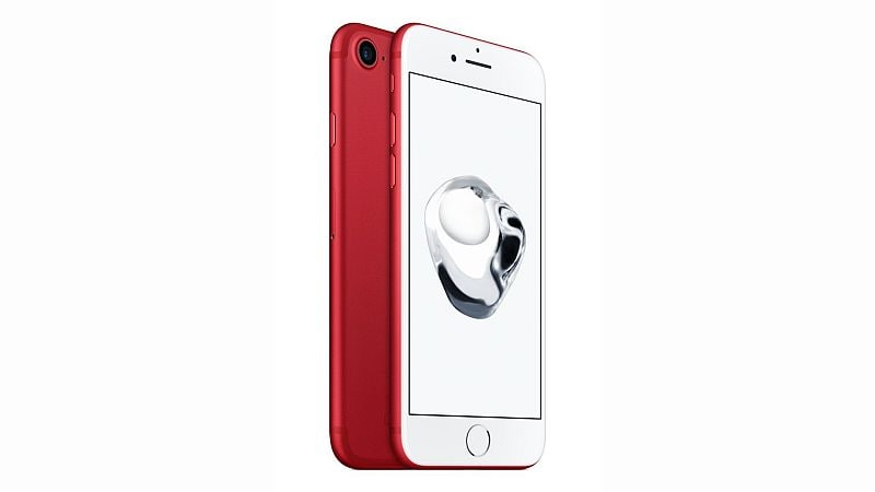 iPhone 7, iPhone 7 Plus Red 128GB Variant Available at a Discount on Amazon, Flipkart