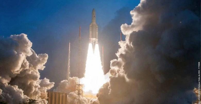 ISRO ينجح في إطلاق GSAT-11 ، أكبر عدد من الأقمار الصناعية في الهند 1