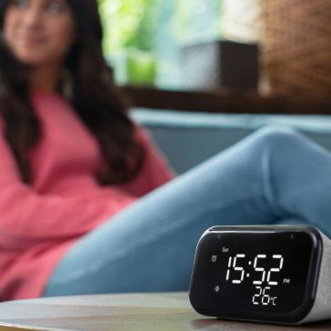 Lenovo Smart Clock Essential With Google Assistant Launched in India