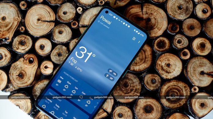 oneplus 8t review weather OnePlus