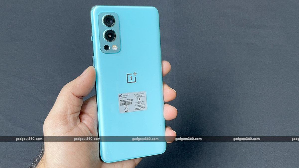 oneplus nord 2 5g back panel OnePlus Nord 2 5G First Impressions
