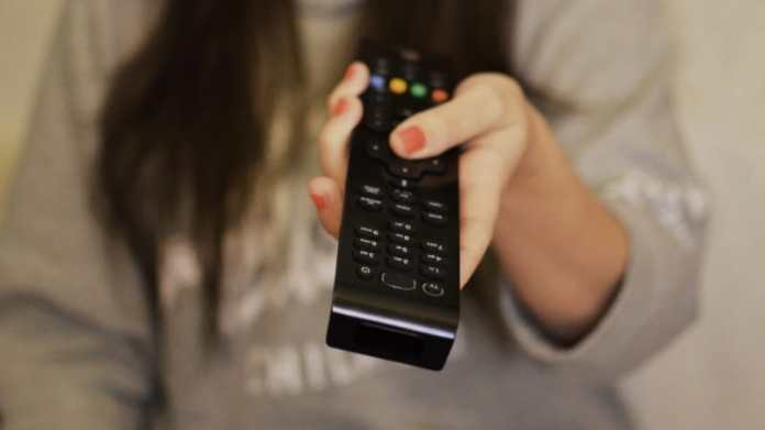 TRAI's New Rules Likely to Increase Cable TV, DTH Bills: Crisil 1