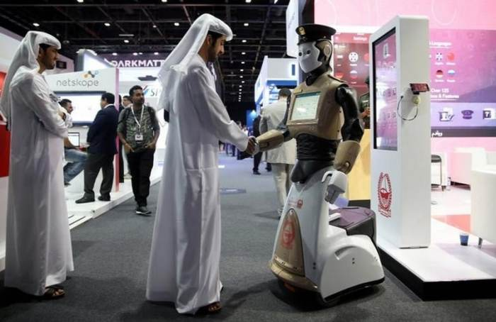 Robot Joins Dubai Police Force to Fight Real Life Crime