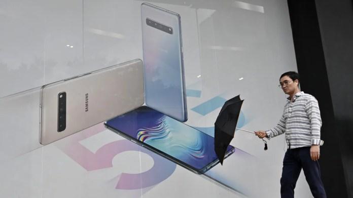 Samsung Profit Slumps on Chip Market, Slow Flagship Smartphone Sales 1