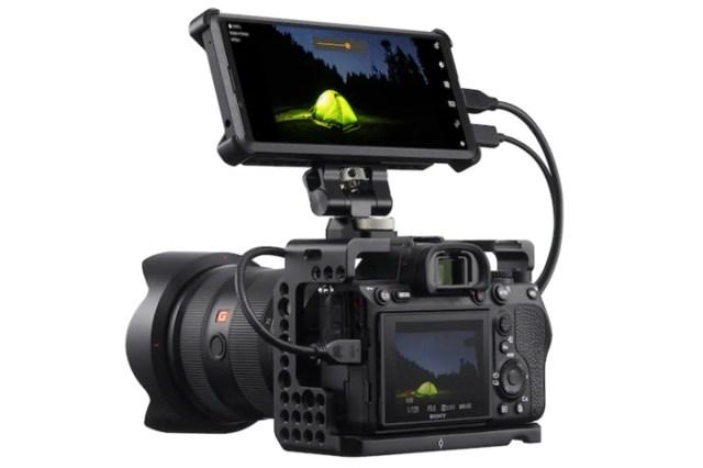 sony xperia pro camera connector Sony Xperia Pro