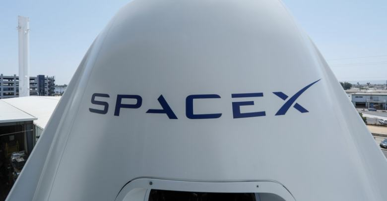 Elon Musk يعيد تسمية SpaceX & # 039؛ S BFR Rocket for Interplanetary Trip 1