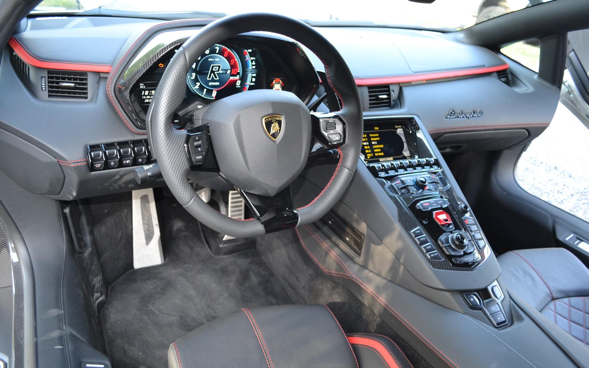 2018 Lamborghini Aventador Photos  33  The Car Guide