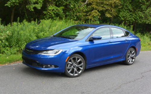 small resolution of 2016 chrysler 200 news reviews picture galleries and videos the car guide