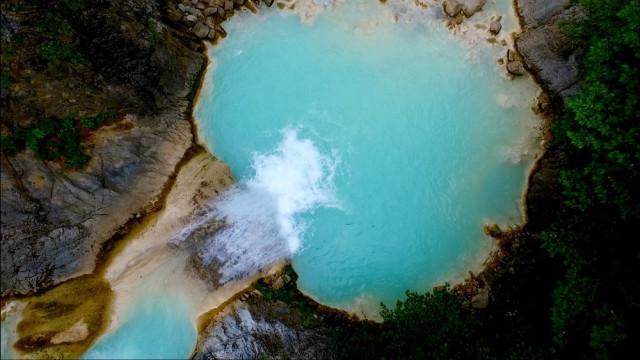 Karadeniz'de bir cennet köşesi: Mavi Göl