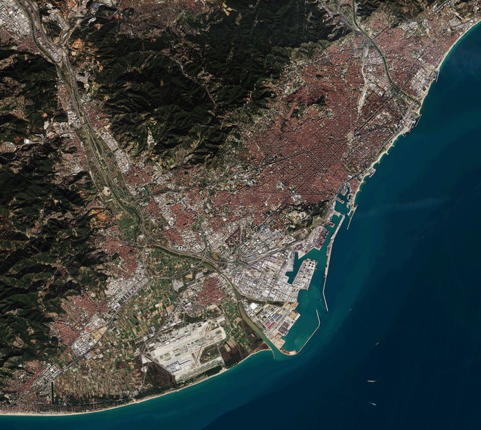 Barcelona_from_Sentinel-2A_node_full_image_2.jpg