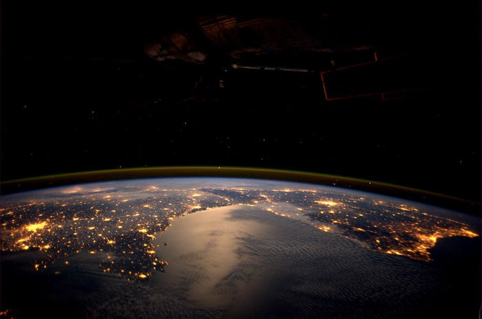 Europe_seen_by_Andre_Kuipers_onboard_the_ISS_node_full_image_2.jpg