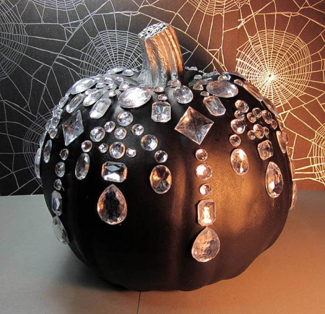How To Paint Pumpkinake Decorations