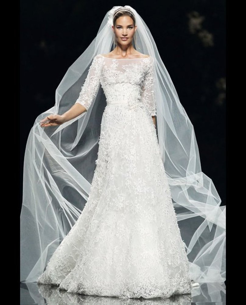 19 Romantic Wedding Dresses Inspired by Camila Alves