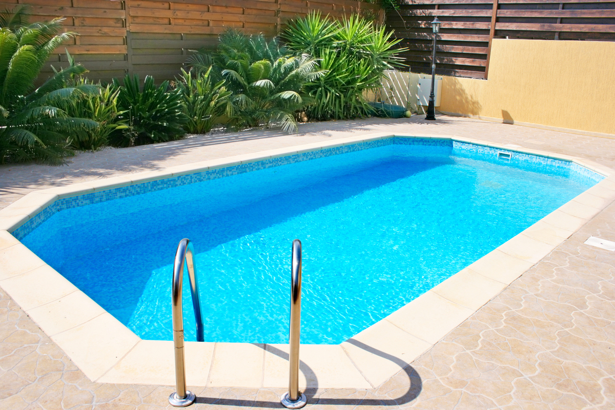 Weekend DIY Ideas 7 Ways To Prepare Your Swimming Pool Area For The Summer PHOTOS  HuffPost