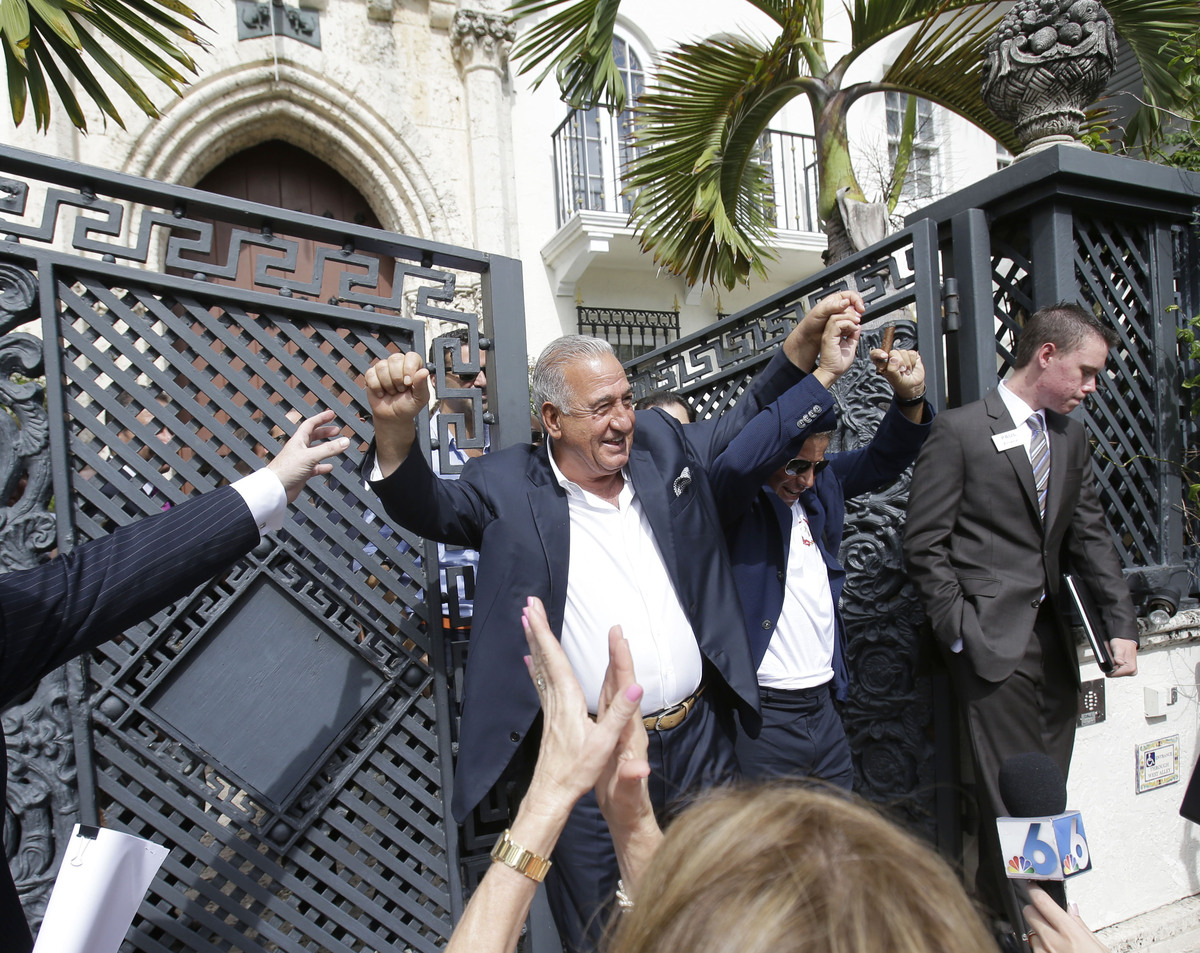 Versace Mansion Bought For 415 Million By Hotel Group PHOTOS VIDEO  HuffPost