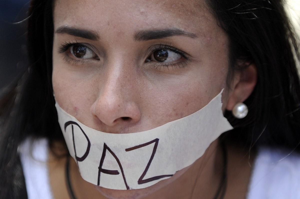 Resultado de imagen de el pueblo pide paz en venezuela