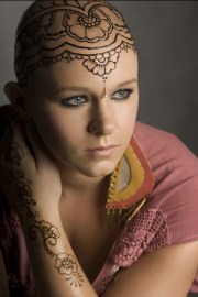 beautiful henna crowns bring confidence