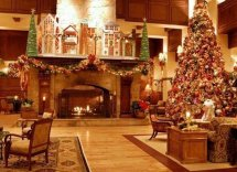 Hotels With Over-top Christmas Decorations Huffpost
