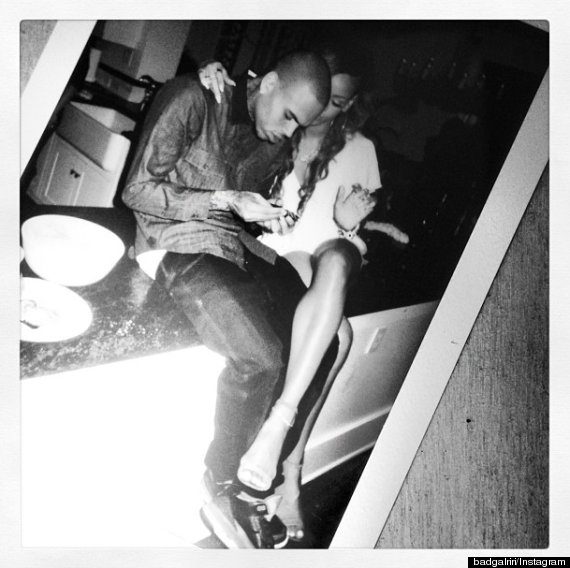 rihanna chris brown relationship
