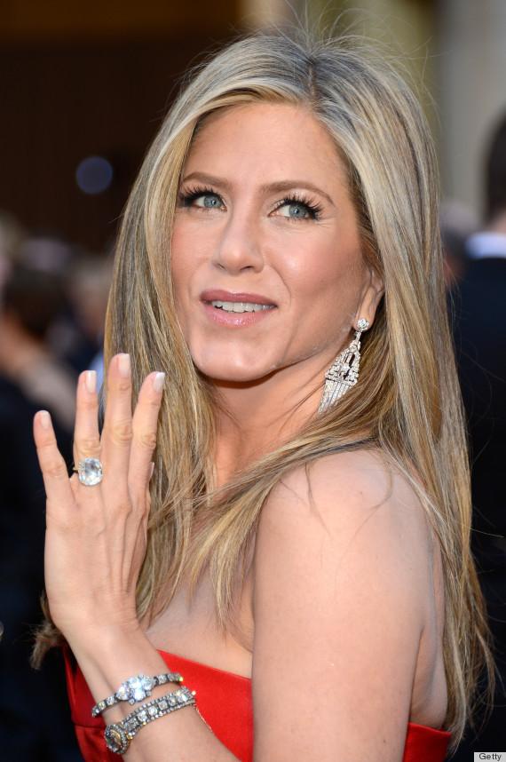 Jennifer Anistons Oscar Dress 2013 Disappoints The