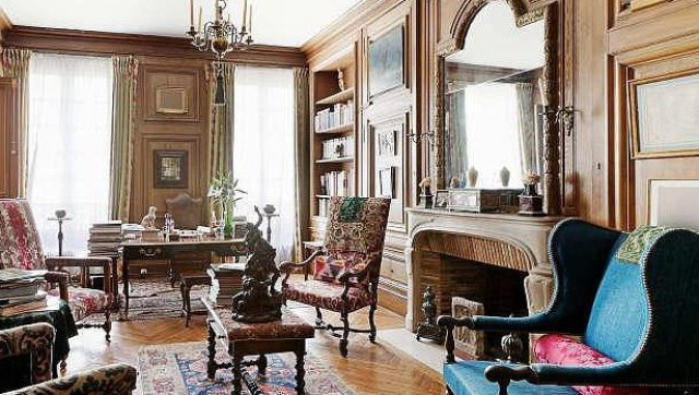modern white living rooms room showrooms house tour: inside a glamorous parisian apartment (photos ...