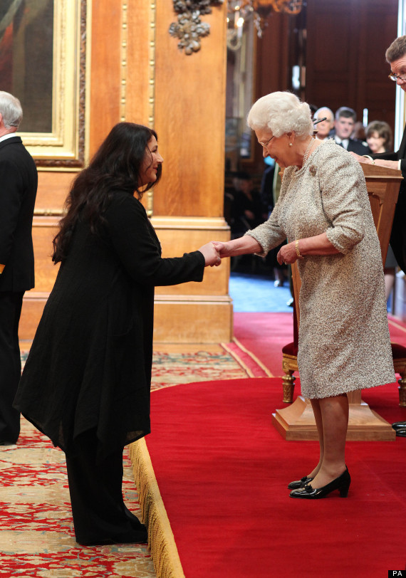 Kate Bush Meets The Queen 10 April 2013