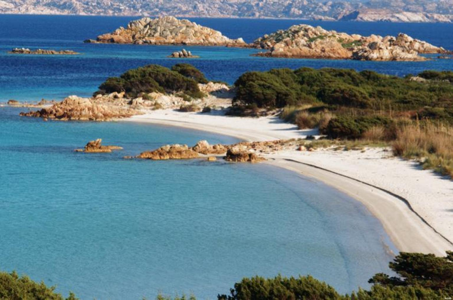 Sardegna la Spiaggia del Cavaliere a La Maddalena  in
