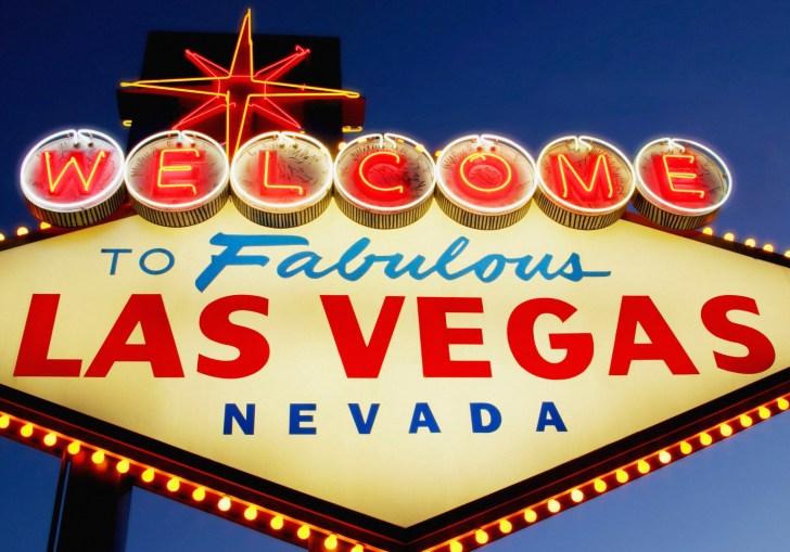 Vegas Wedding Theme Ideas