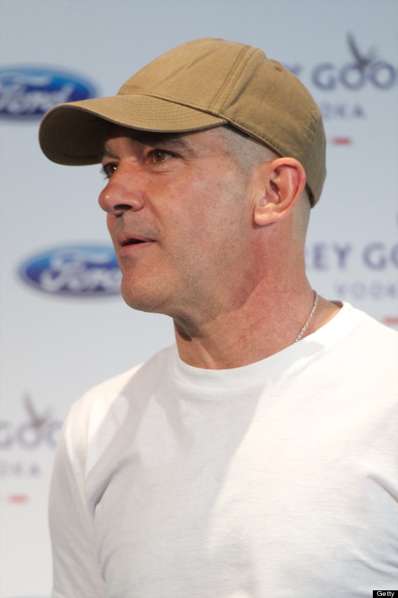 Antonio Banderas Shaved His Head Photos Huffpost